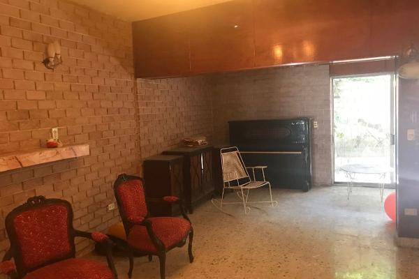 Foto de casa en venta en  , vista hermosa, monterrey, nuevo león, 5682381 No. 02
