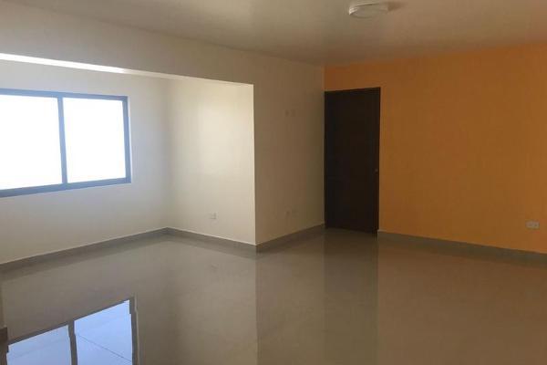 Foto de casa en venta en  , vista hermosa, monterrey, nuevo león, 7956990 No. 01