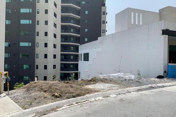 Foto de terreno habitacional en venta en  , vista real, san pedro garza garcía, nuevo león, 7956308 No. 01