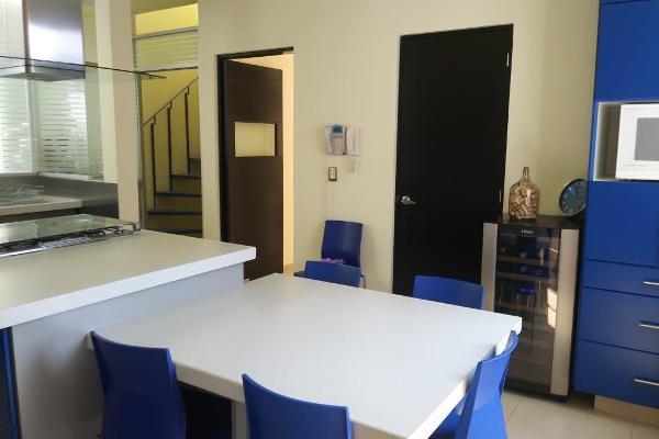 Foto de casa en venta en  , vista real y country club, corregidora, querétaro, 5420212 No. 02