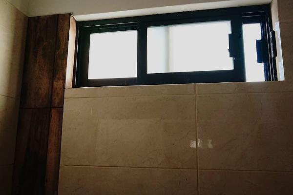 Foto de casa en venta en  , vista real y country club, corregidora, querétaro, 5694999 No. 02
