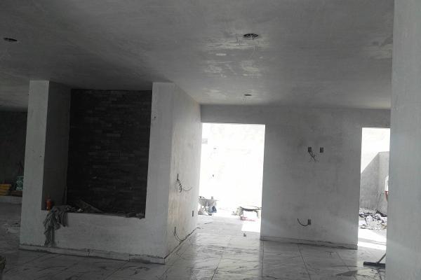 Foto de casa en venta en  , vistas del cimatario, querétaro, querétaro, 14034357 No. 02