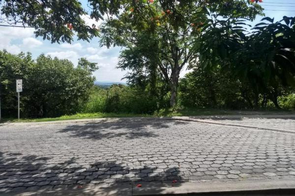 Foto de terreno industrial en venta en  , viveros de cocoyoc, yautepec, morelos, 0 No. 01