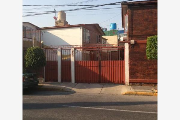 Casa en viveros de la colina 242 viveros de la loma en for Viveros en colima