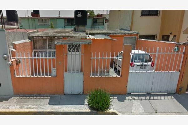 Casa en 11 prolongacion eje satelite viveros del valle for Viveros del valle