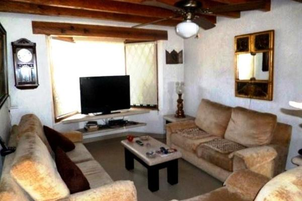 Foto de casa en venta en  , ahuatepec, cuernavaca, morelos, 2714210 No. 02