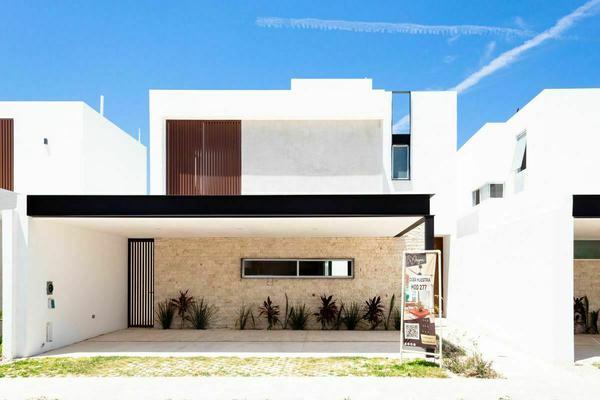 Foto de casa en venta en  , xcanatún, mérida, yucatán, 10056852 No. 01