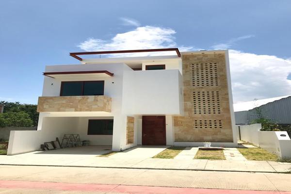 Foto de casa en venta en  , xoxocotlan, santa cruz xoxocotlán, oaxaca, 16735128 No. 01