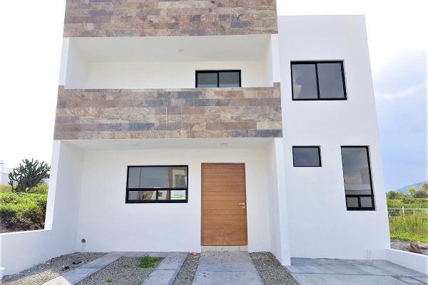 Foto de casa en venta en yaxchilan , juriquilla, querétaro, querétaro, 14023640 No. 01