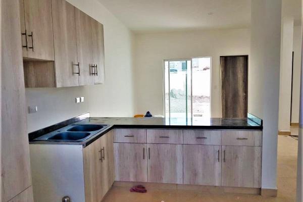 Foto de casa en venta en yaxchilan , juriquilla, querétaro, querétaro, 14023640 No. 03