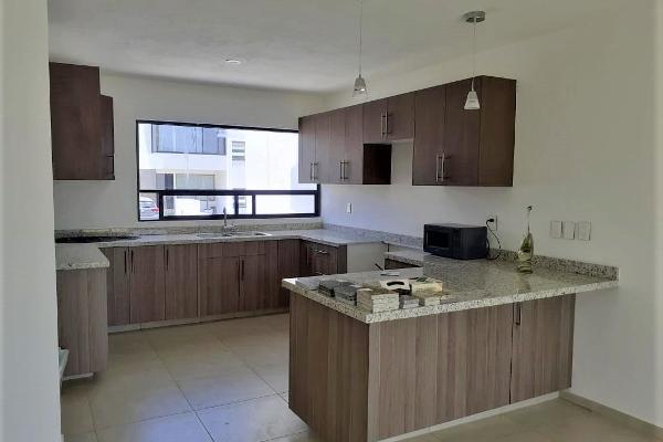 Foto de casa en venta en yaxchilan , juriquilla, querétaro, querétaro, 14023656 No. 02