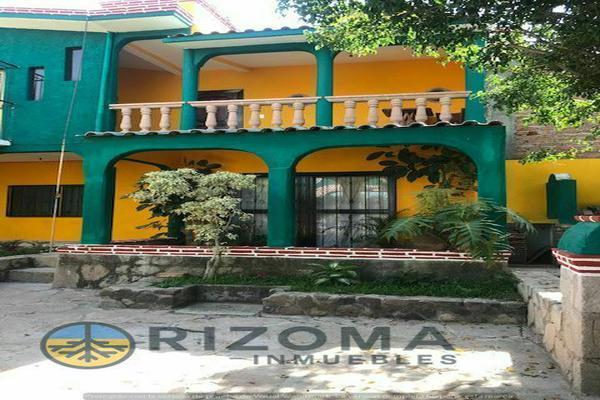 Foto de casa en venta en  , yerbabuena, guanajuato, guanajuato, 17883638 No. 01