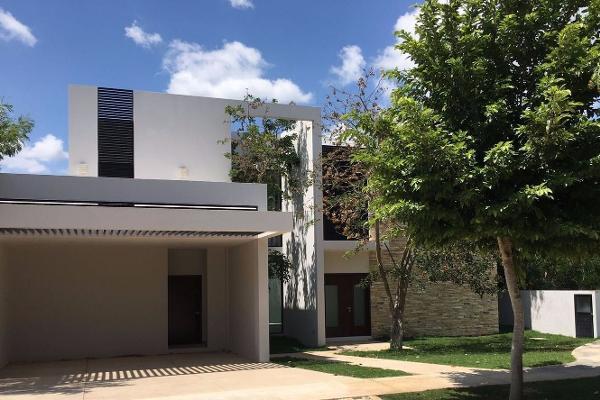 Foto de casa en venta en  , yucatan, mérida, yucatán, 3426091 No. 01