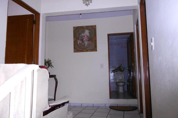 Foto de casa en venta en zacatecas 34, ramon farias, uruapan, michoacán de ocampo, 5832407 No. 02