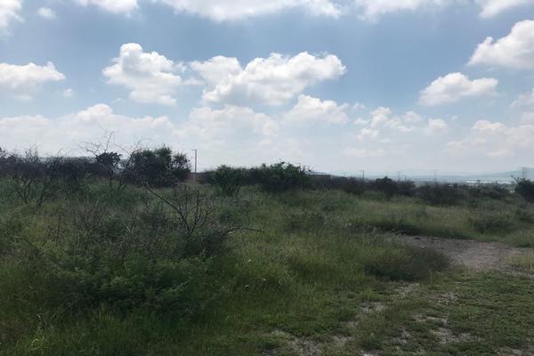 Foto de terreno habitacional en venta en zafiro lote 4 manzana 34 , fraccionamiento granjas la cal, salamanca, guanajuato, 5685178 No. 02
