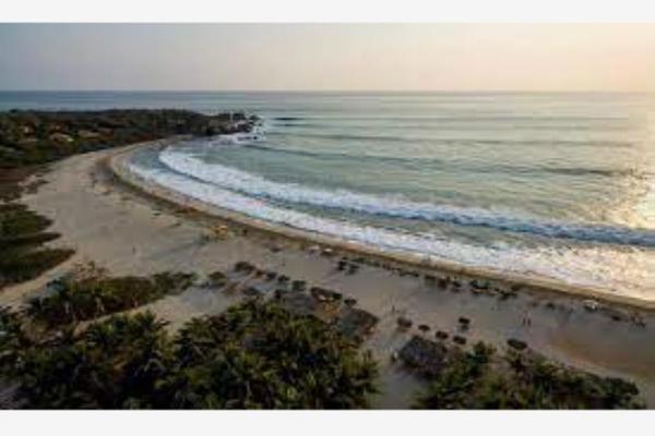 Foto de terreno habitacional en venta en zicatela 24, zicatela, santa maría colotepec, oaxaca, 18599606 No. 01