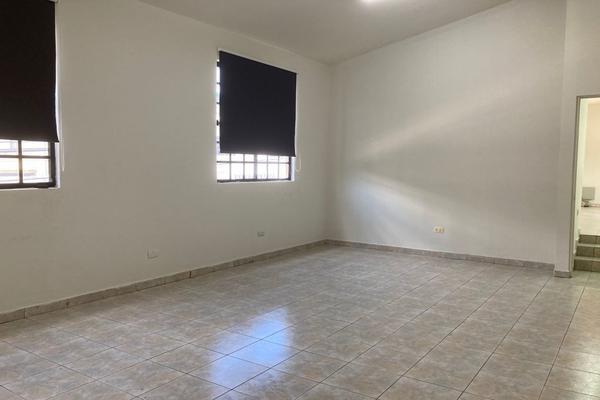Foto de oficina en renta en  , zona bosques del valle, san pedro garza garcía, nuevo león, 21505041 No. 02