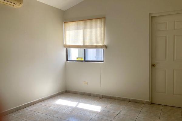 Foto de oficina en renta en  , zona bosques del valle, san pedro garza garcía, nuevo león, 21505041 No. 04