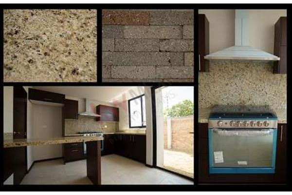 Foto de casa en venta en  , zona cementos atoyac, puebla, puebla, 8848099 No. 02