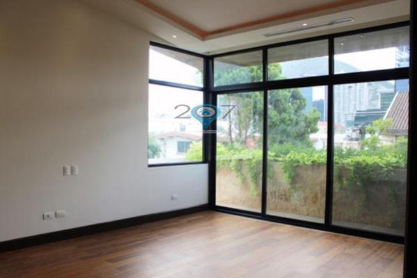 Foto de casa en venta en  , zona fuentes del valle, san pedro garza garcía, nuevo león, 7278973 No. 04