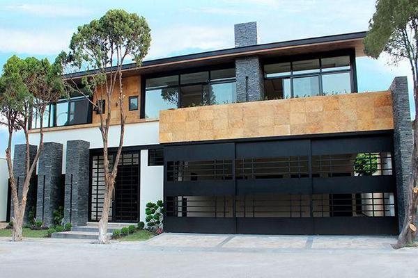 Foto de casa en venta en  , zona fuentes del valle, san pedro garza garcía, nuevo león, 7957280 No. 01