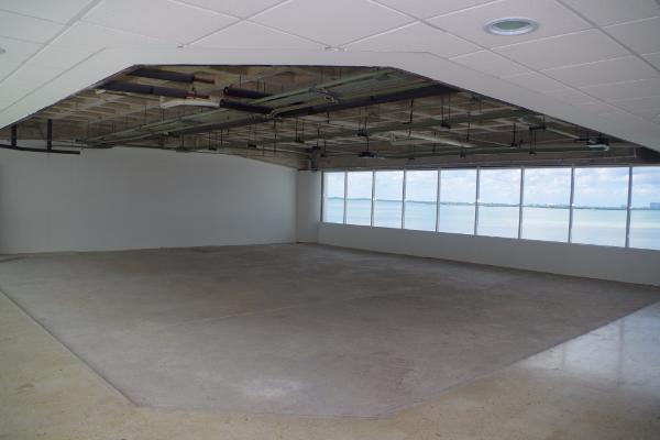 Foto de oficina en venta en  , zona hotelera, benito juárez, quintana roo, 2623626 No. 03
