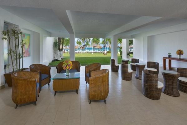 Foto de departamento en venta en  , zona hotelera, benito juárez, quintana roo, 8116518 No. 09