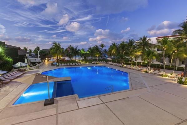Foto de departamento en venta en  , zona hotelera, benito juárez, quintana roo, 8116518 No. 10