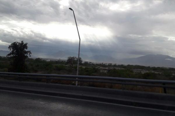 Foto de terreno habitacional en venta en zona industrial periferico gustavo diaz ordaz , loma linda, ramos arizpe, coahuila de zaragoza, 14036232 No. 02