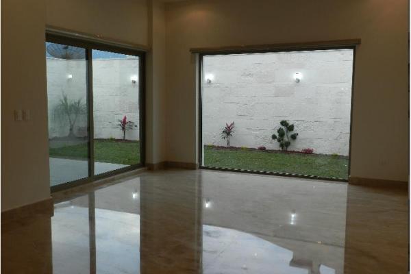 Foto de casa en venta en  , mirasierra 3er sector, san pedro garza garcía, nuevo león, 5380115 No. 04