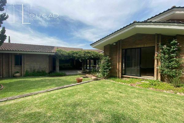 Foto de casa en renta en  , zona pedregal del valle, san pedro garza garcía, nuevo león, 20239658 No. 01