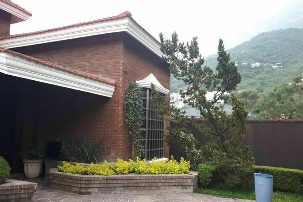 Foto de casa en renta en  , zona pedregal del valle, san pedro garza garcía, nuevo león, 20291612 No. 02