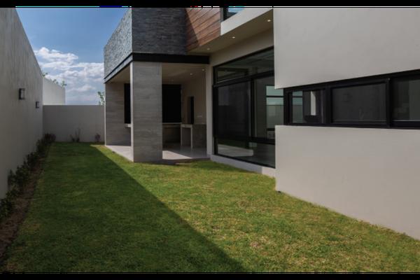 Foto de casa en venta en  , zona valle poniente, san pedro garza garcía, nuevo león, 15234681 No. 02