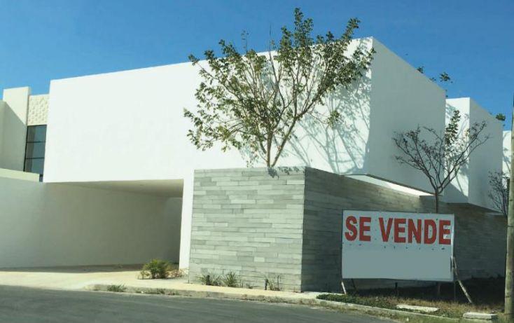 Foto de casa en venta en 1 1, montebello, mérida, yucatán, 1944606 no 01