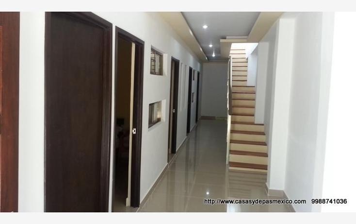 Foto de edificio en venta en  1, supermanzana 68, benito juárez, quintana roo, 552070 No. 01