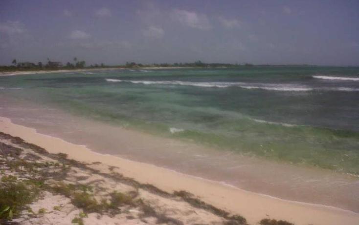 Foto de terreno comercial en venta en costera norte 15, mahahual, othón p. blanco, quintana roo, 2668837 No. 02