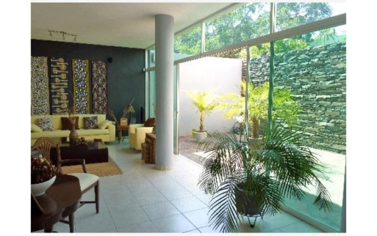 Foto de casa en venta en  193, esmeralda, colima, colima, 1991496 No. 01