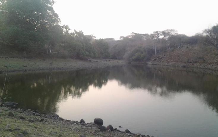 Foto de terreno comercial en venta en  2, cerro colorado, cuauhtémoc, colima, 1935038 No. 01