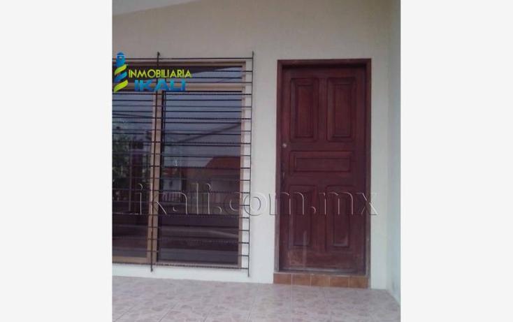 Foto de casa en venta en manuel avila camacho 25, infonavit croc, tuxpan, veracruz de ignacio de la llave, 2710140 No. 01