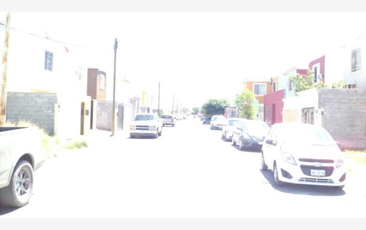 Foto de casa en venta en  407, villas del paraíso, nuevo laredo, tamaulipas, 1845230 No. 03