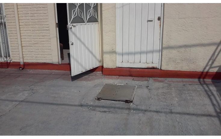 Foto de casa en renta en 4ta. privada de aconito 706 , villa de las flores 1a sección (unidad coacalco), coacalco de berriozábal, méxico, 1707910 No. 02