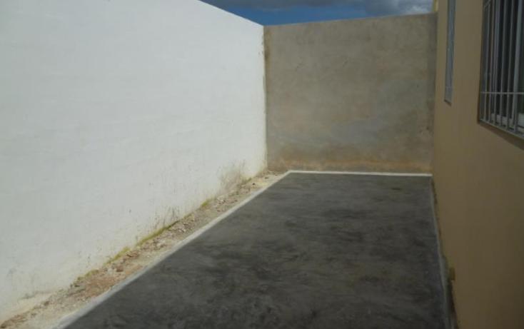 Foto de casa en renta en  783, caucel, mérida, yucatán, 815415 No. 02