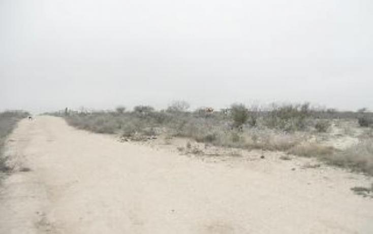 Foto de terreno habitacional en venta en a 2 cuadras de col gobernadores, ejido piedras negras, piedras negras, coahuila de zaragoza, 883743 no 02