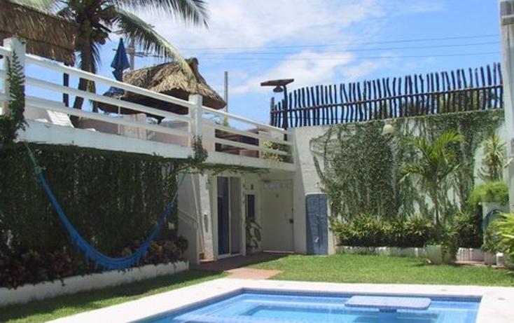 Foto de edificio en venta en  , alfredo v bonfil, acapulco de juárez, guerrero, 1075081 No. 02