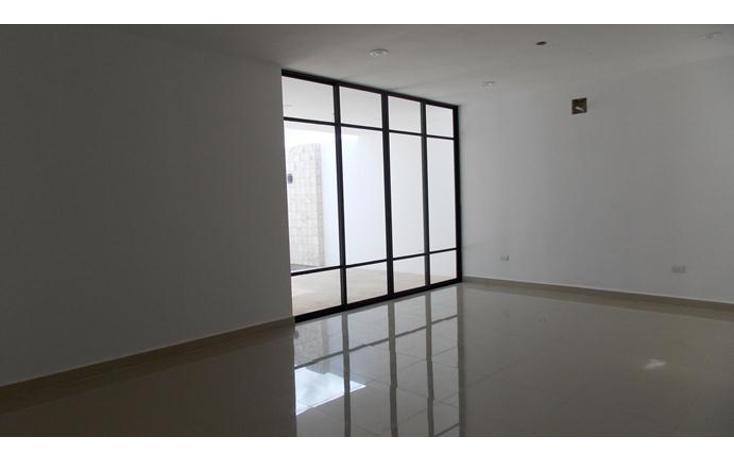 Foto de casa en venta en  , algarrobos desarrollo residencial, mérida, yucatán, 1451443 No. 02