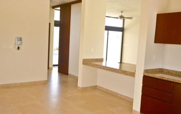 Foto de casa en venta en  , algarrobos desarrollo residencial, mérida, yucatán, 1525497 No. 02