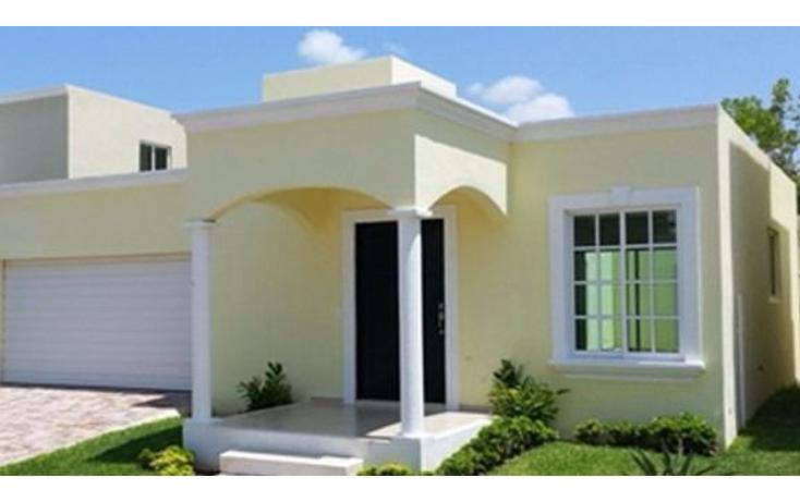 Foto de casa en venta en  , algarrobos desarrollo residencial, mérida, yucatán, 946967 No. 01