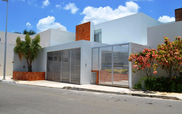 Foto de casa en venta en  , altabrisa, mérida, yucatán, 1061227 No. 01