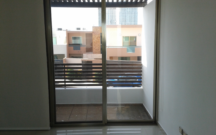 Foto de casa en venta en  , altabrisa, mérida, yucatán, 1269365 No. 01