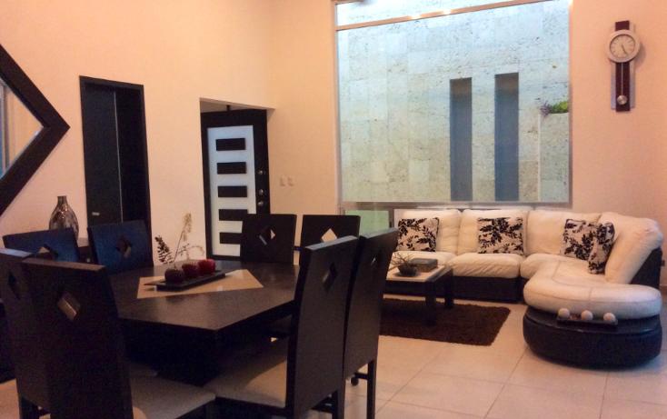 Foto de casa en venta en  , altabrisa, mérida, yucatán, 1297339 No. 01